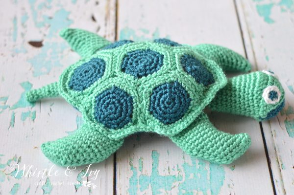 7 Awesome Free Sea Turtle Crochet Patterns