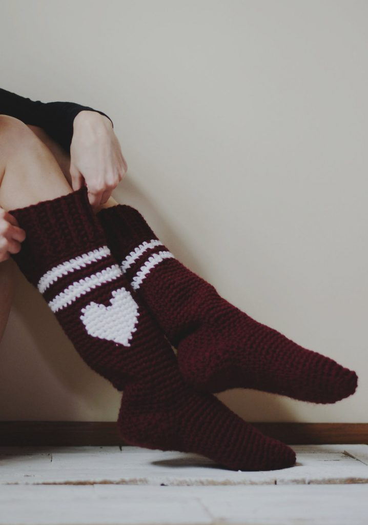 [Free Pattern] Classic And Cool Varsity Love Socks