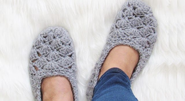 Easy Beginner Crochet Slipper Pattern Free Pattern Knit And