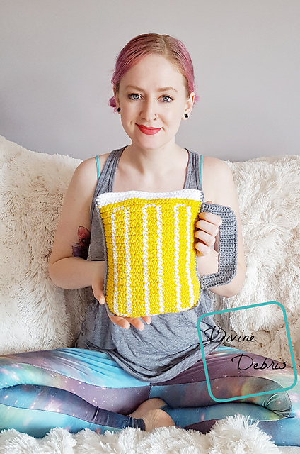 [Free Pattern] Mug Of Beer Ami For That Beer-Enthusiast In Your Life