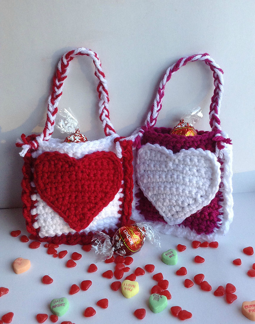 [Free Pattern] Really Cute Valentine's Day Treat Bags