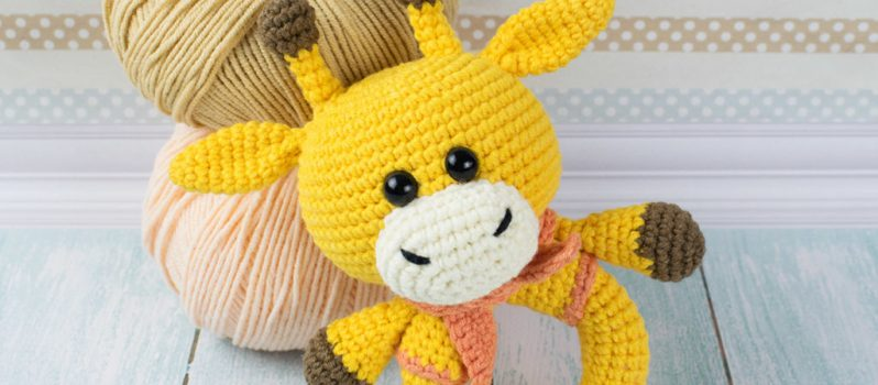 Hearty Giraffe amigurumi pattern - Amigurumi Today | 350x798
