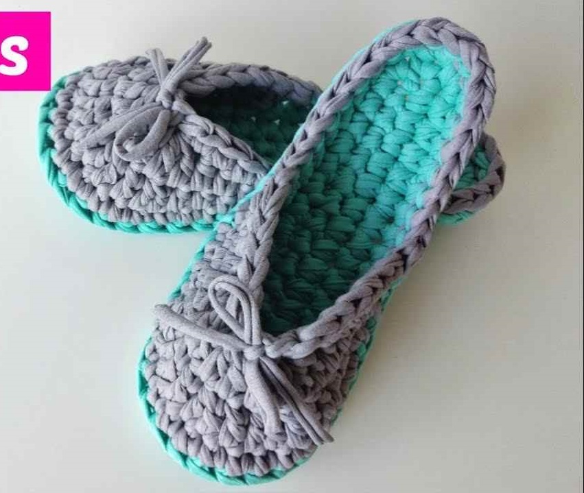 Super-Easy Crochet Slippers For Adults [Video Tutorial ...