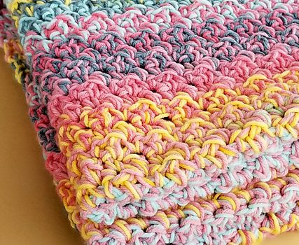 Quick And Easy Crochet Blanket Pattern For Beginners