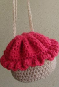 Cupcake Crochet Bag - Free Pattern And Video Tutorial