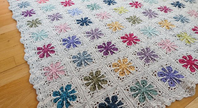 This Crochet Flower Square Blanket Is So Beautiful Knit And