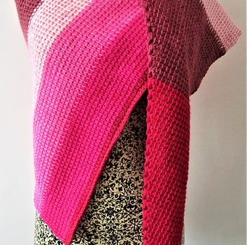 Easy Breezy Triangle Shawl For Chilly Days Free Crochet Pattern