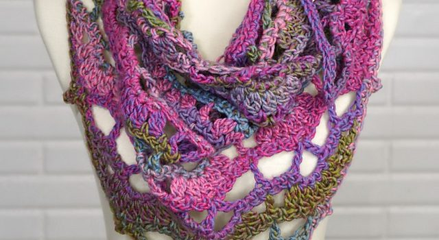 Pretty And Quick Lacy Crochet Shawl Pattern Knit And Crochet Daily