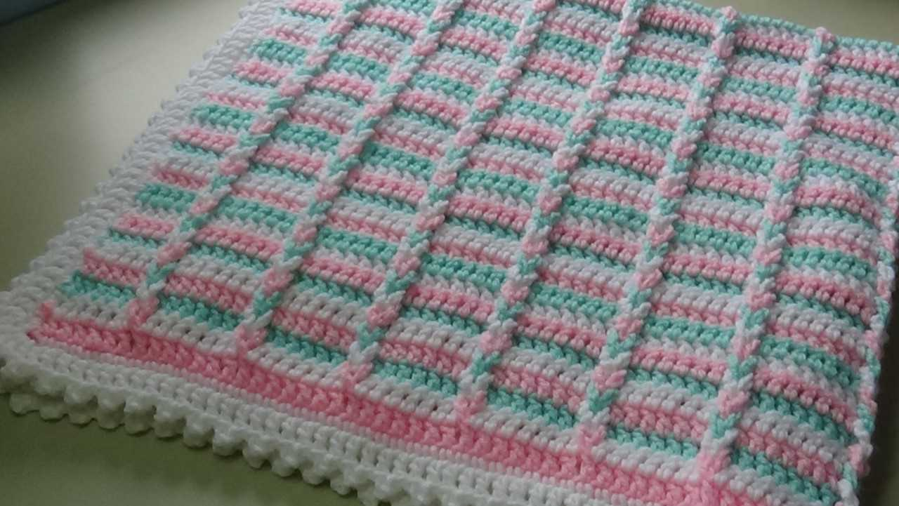 Video Tutorial Easy To Crochet Baby S First Christmas Blanket Knit And Crochet Daily