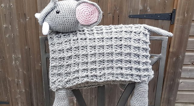Adorable Elephant Folding Baby Blanket Is Sure To Delight