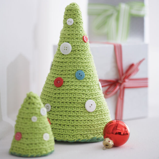 Crocheted Tabletop Christmas Trees- Crochet Christmas Trees Free Patterns