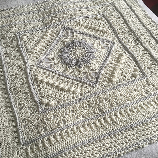 Lovely Chunky Crochet Baby Blanket