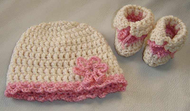 Baby Hat And Booties Free Crochet Pattern