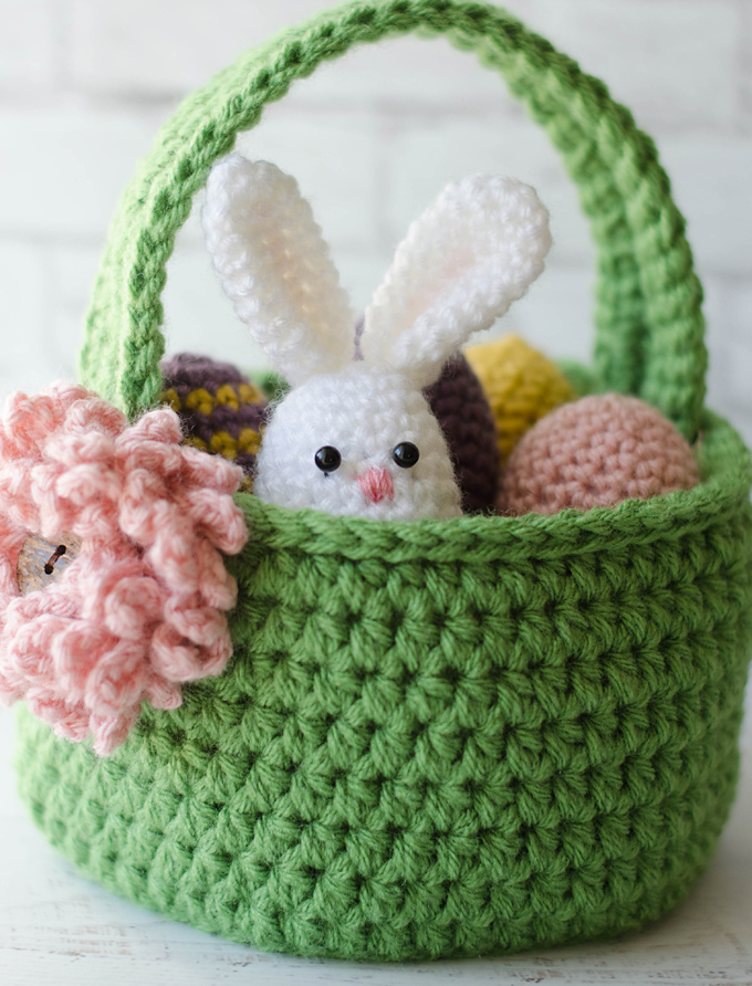 Crochet Easter Basket Free Pattern + Crochet Easter Eggs Pattern + Crochet Easter Egg Bunny Pattern