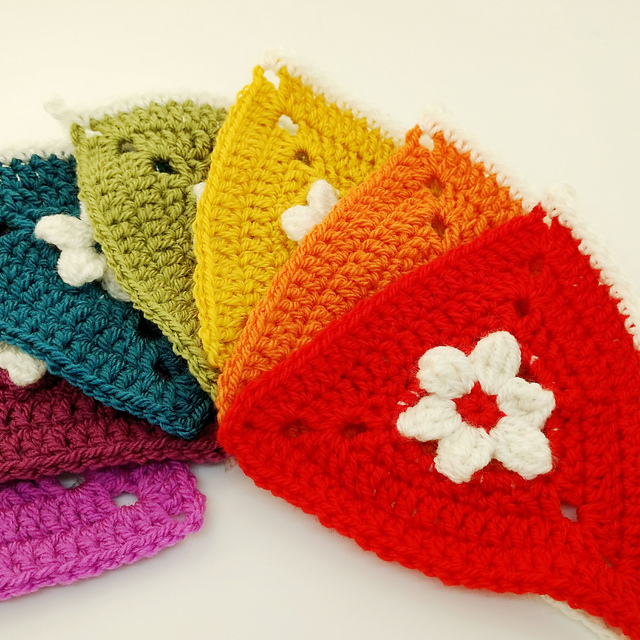 Cutest Rainbow Bunting Crochet Pattern To Decorate Your Window