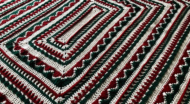 Free Christmas Afghan Crochet Pattern- Will Look Great ...