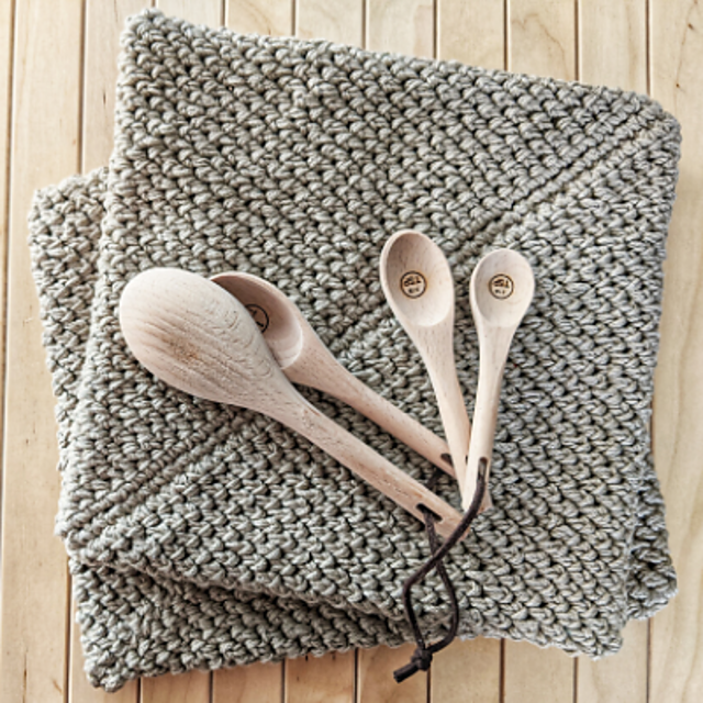 Easy Crocheted Potholders Double Thickness Pattern