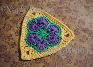 6 Petal African Flower Triangle Pattern