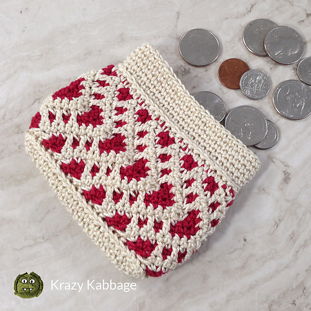 Crochet Wallet With Zipper And Lovely Hearts Design
