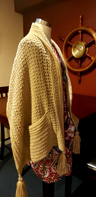 Very Easy Crochet Shawl With Pockets Free Pattern