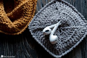Mini Crochet Ear Phone Pouch- 8 Easy Crochet Triangle Patterns