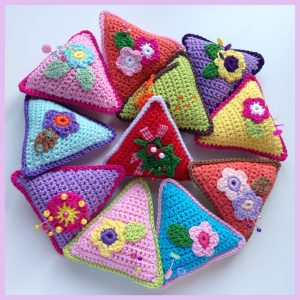 Crochet Pincushion Triangle Pattern