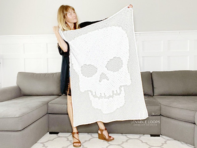 Crochet Skull Blanket Pattern For Your Halloween Home Decor