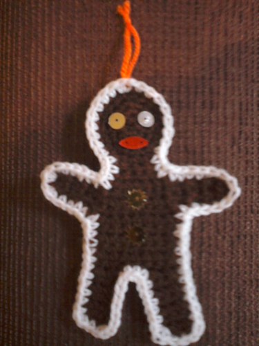 Free Pattern for Gingerbread Man Decoration
