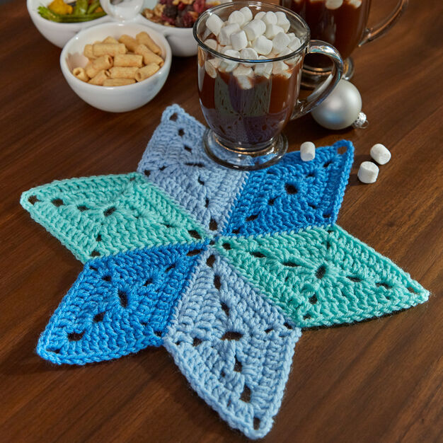 Free Crochet Star Table Mat Pattern To Add A Warm, Homemade Touch To Any Table Setting
