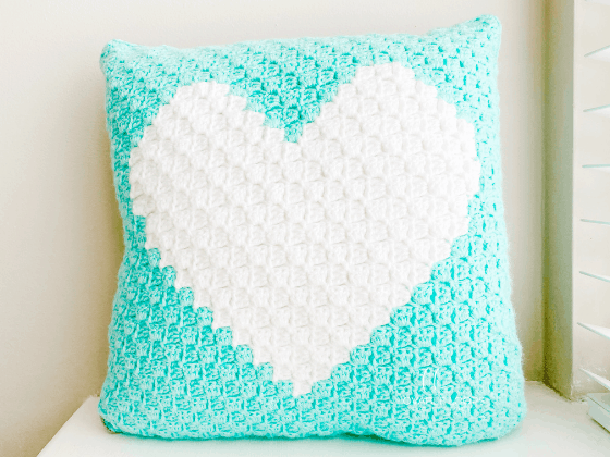 C2C Heart Pillow Crochet Pattern