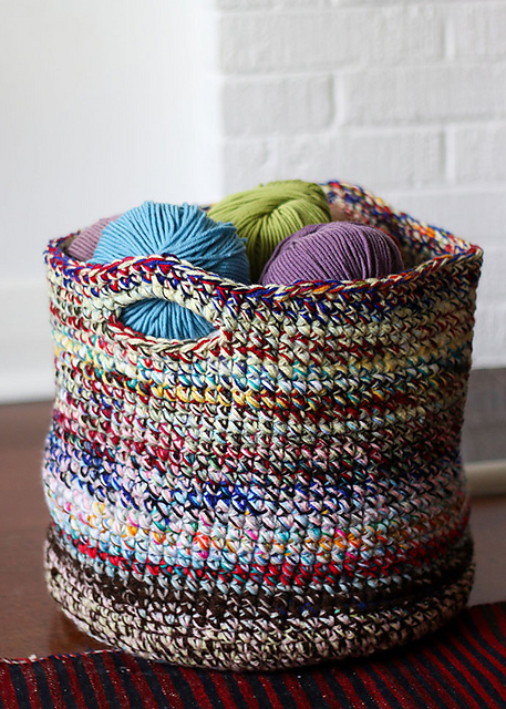 Large Crochet Basket Free Pattern Perfect For Your Fairly Ugly Yarn -Scrap Yarn Crochet Projects