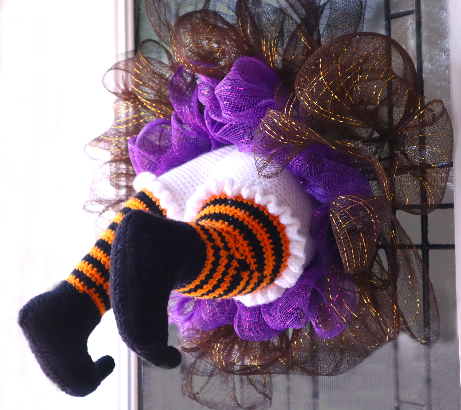 Crochet Halloween Wreath Free Pattern - There's a Witch Stuck in My Wreath!
